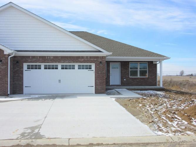 26 Shadow Wood Drive Crawfordsville, IN 47933 | MLS 21631004 | photo 1