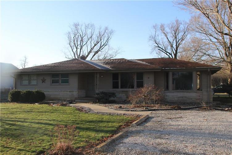 32 S Country Club Court Crawfordsville, IN 47933 | MLS 21631023