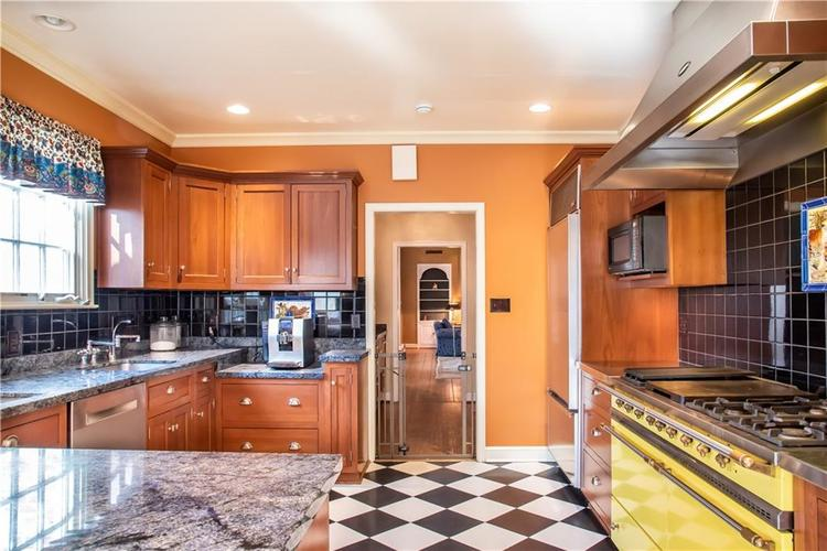 48 W 65th Street Indianapolis, IN 46260 | MLS 21631082 | photo 10