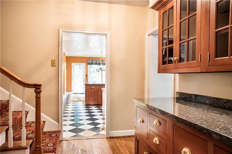 48 W 65th Street Indianapolis, IN 46260 | MLS 21631082 | photo 7