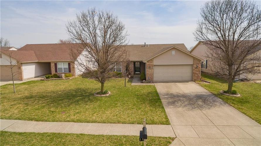 5517  WOOD HOLLOW Drive Indianapolis, IN 46239 | MLS 21631153