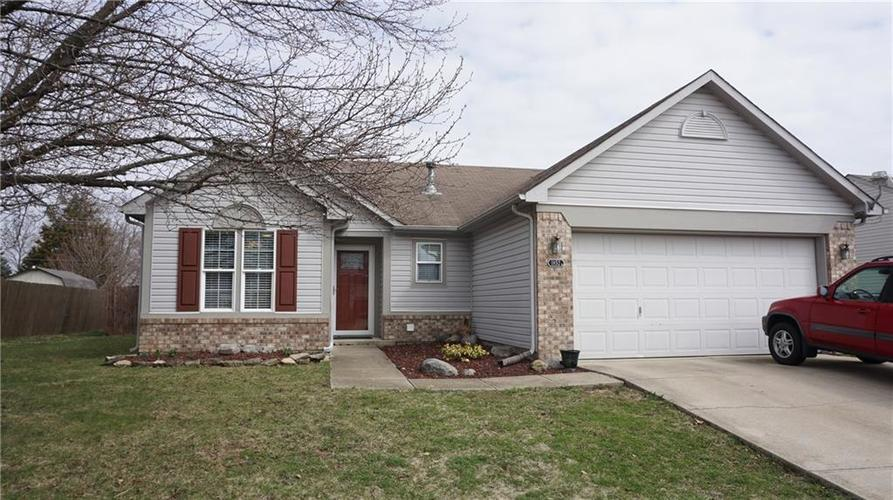 1852  Chatham Place Danville, IN 46122 | MLS 21631324
