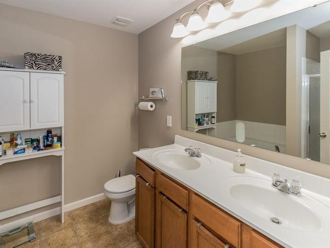 15183 Royal Grove Drive Noblesville, IN 46060 | MLS 21631418 | photo 15