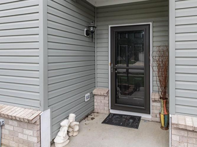 15183 Royal Grove Drive Noblesville, IN 46060 | MLS 21631418 | photo 2