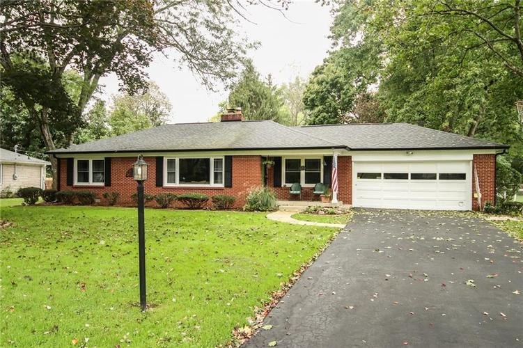 9434 Washington Boulevard Indianapolis, IN 46240 | MLS 21631440 | photo 1