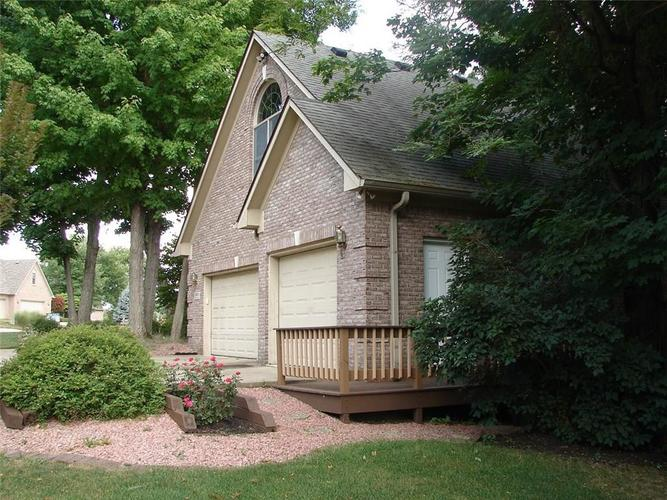 5605 STATION HILL Drive Avon, IN 46123 | MLS 21631451 | photo 8
