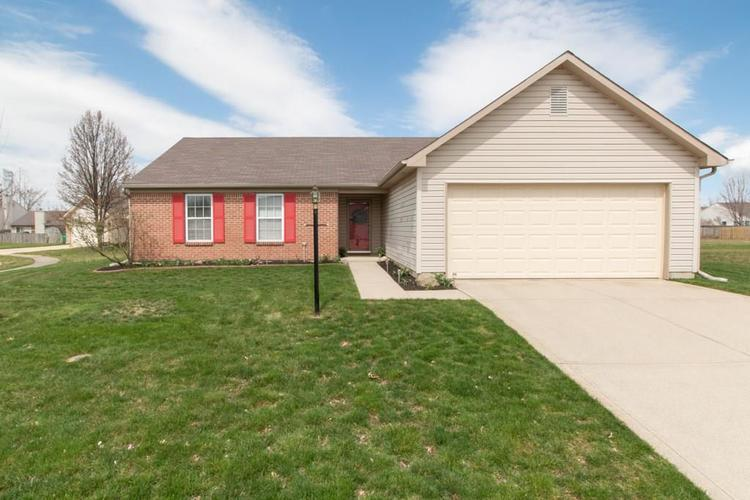 54 W Pine Ridge Drive Westfield, IN 46074 | MLS 21631465
