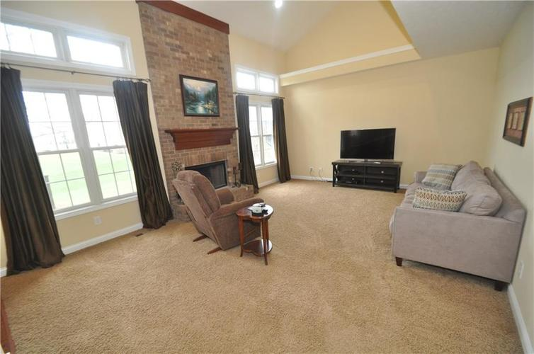 7904 Whiting Bay Drive Brownsburg, IN 46112 | MLS 21631490 | photo 19
