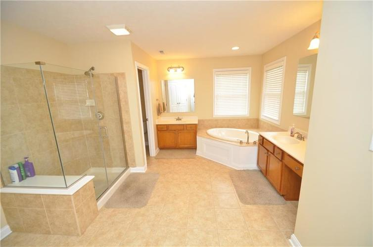 7904 Whiting Bay Drive Brownsburg, IN 46112 | MLS 21631490 | photo 26