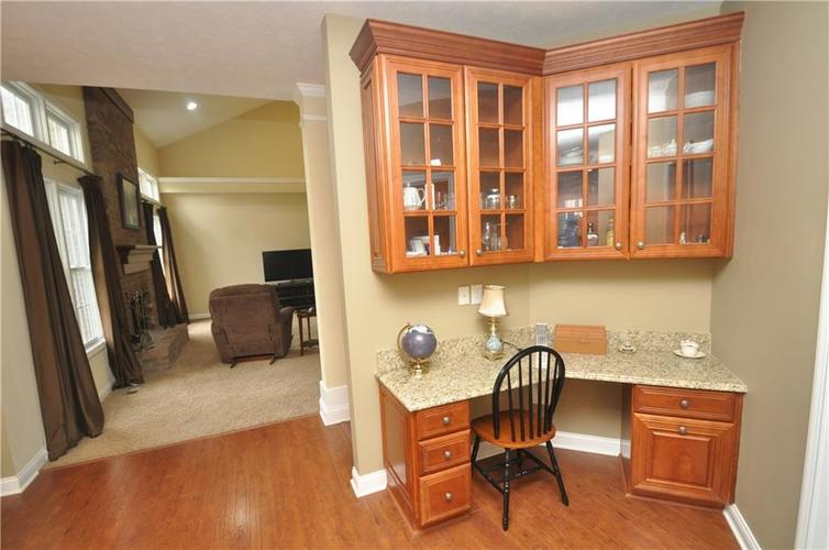 7904 Whiting Bay Drive Brownsburg, IN 46112 | MLS 21631490 | photo 5