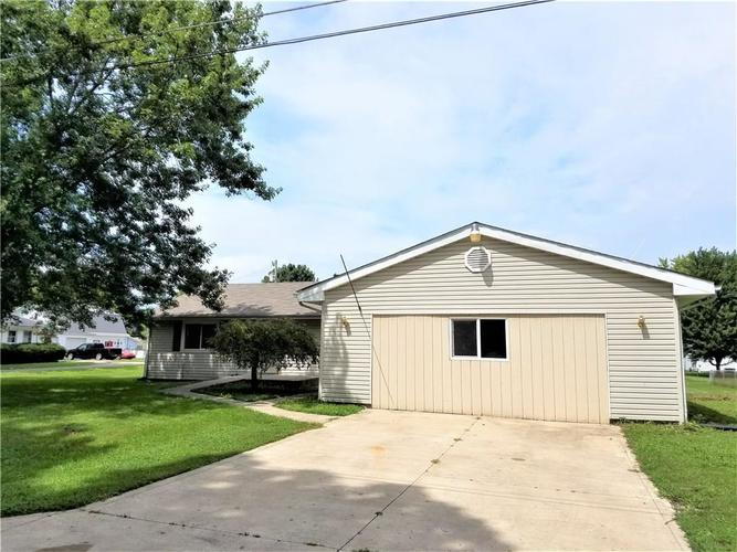 902  Madison Street Frankton, IN 46044 | MLS 21631605