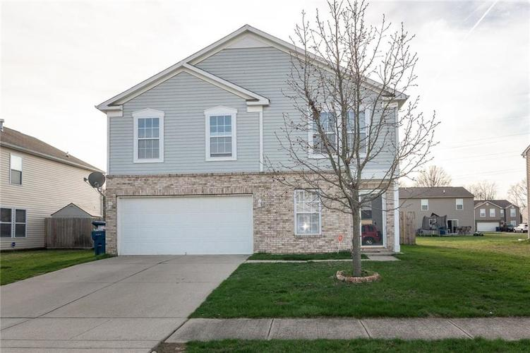 3310 Black Forest Lane Indianapolis, IN 46239 | MLS 21631632 | photo 1