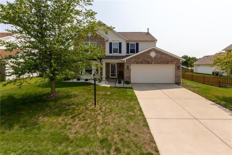 8417 GIROUD Way Indianapolis, IN 46259 | MLS 21631776 | photo 1