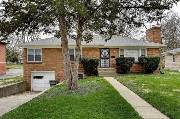 2829  Halifax Drive Indianapolis, IN 46222   MLS 21631827