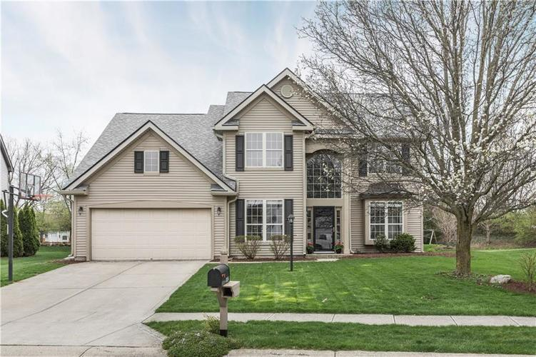 10156  HAWKS LAKE Drive Fishers, IN 46038 | MLS 21631853