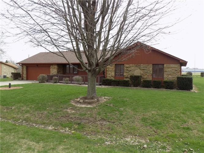 2801 E Rosewood Drive Mooresville, IN 46158 | MLS 21631926