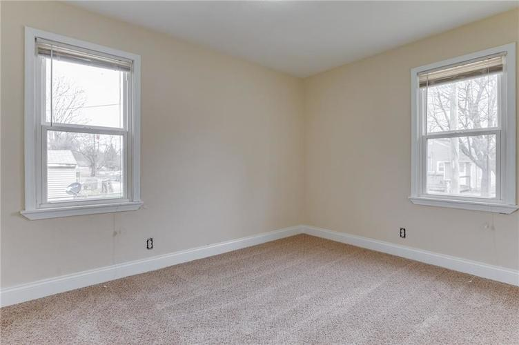 000 Confidential Ave.Indianapolis, IN 46201 | MLS 21631975 | photo 5