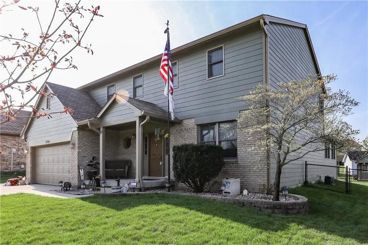5759 BOLD RULER Drive Indianapolis, IN 46237 | MLS 21631981 | photo 2