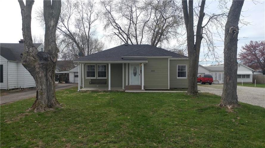 2212 Pennsylvania Street Columbus, IN 47201 | MLS 21632048 | photo 1
