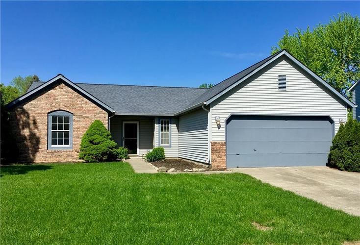 7724 Bayhill Drive Indianapolis, IN 46236 | MLS 21632295 | photo 1