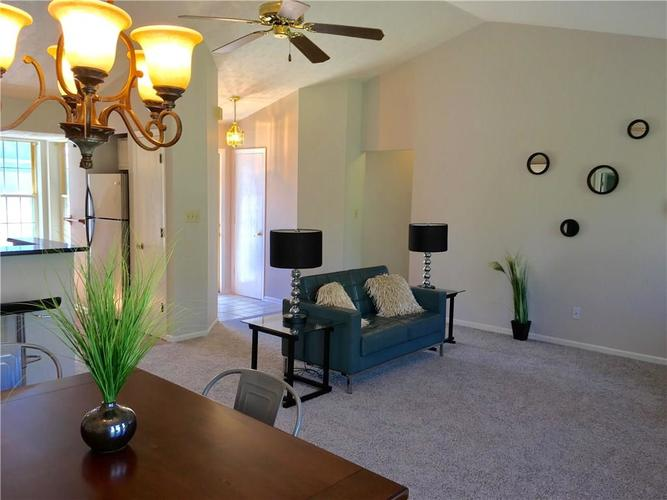 7724 Bayhill Drive Indianapolis, IN 46236 | MLS 21632295 | photo 5