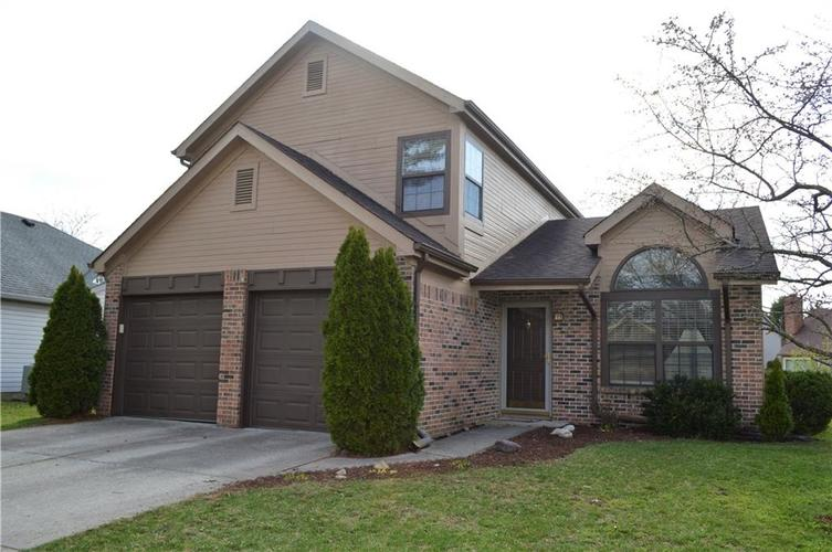 8112  STONEBRANCH EAST Drive Indianapolis, IN 46256 | MLS 21632329