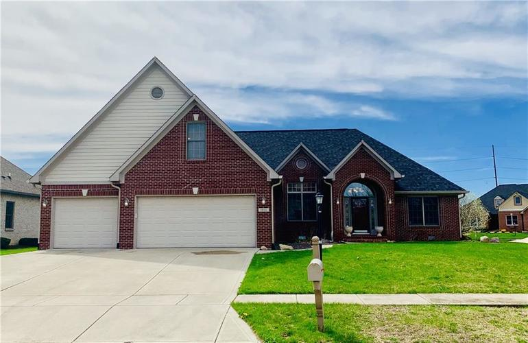 1602  Trainers Circle Indianapolis, IN 46239   MLS 21632481
