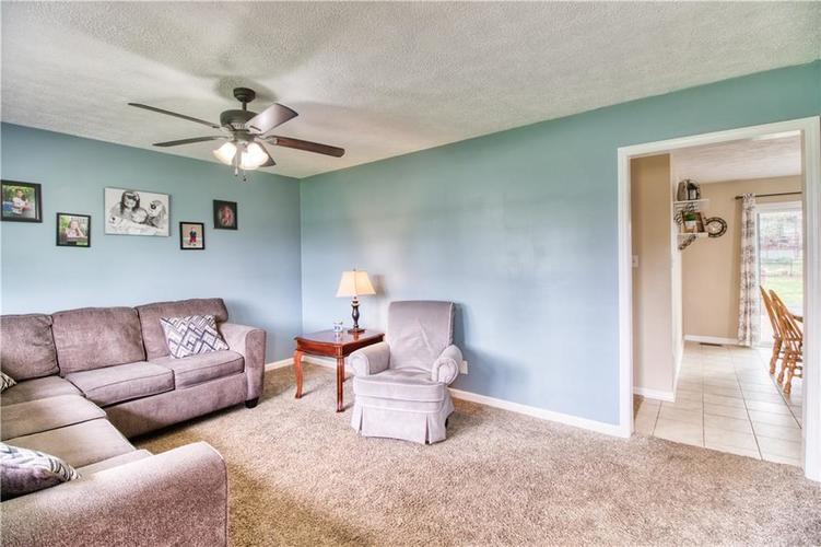 7440 Combs Road Indianapolis, IN 46237 | MLS 21632513 | photo 3
