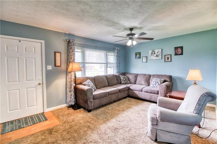 7440 Combs Road Indianapolis, IN 46237 | MLS 21632513 | photo 5