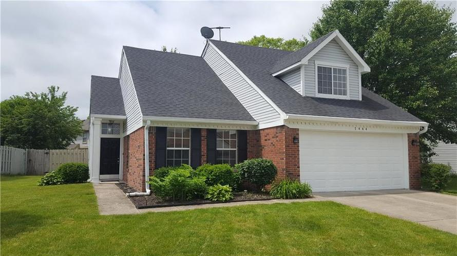 7444 WOOD Court Fishers, IN 46038 | MLS 21632540 | photo 1