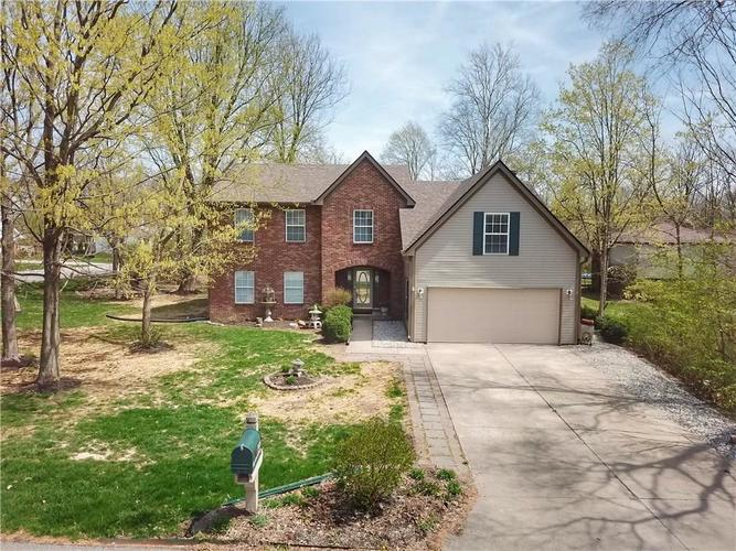 7439  Dogwood Court Indianapolis, IN 46256   MLS 21632975