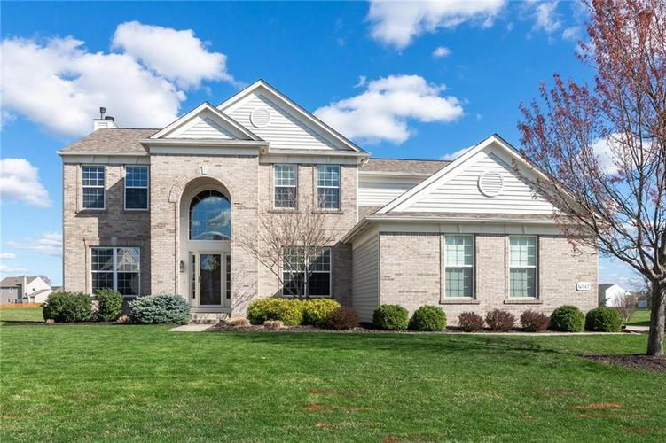 16747  Lakeville Crossing Westfield, IN 46074 | MLS 21632995