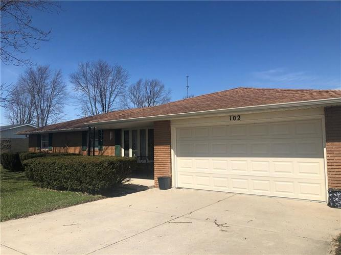 102  Tanglewood Drive Anderson, IN 46012 | MLS 21633027