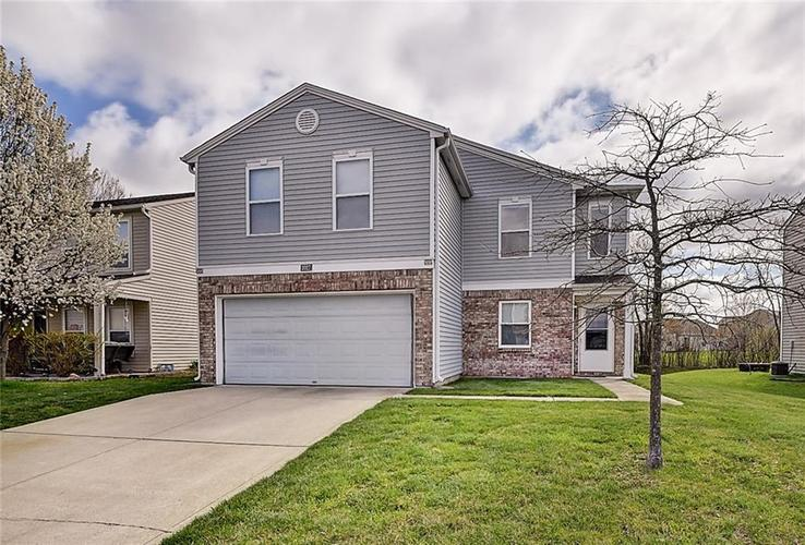 2027 Prairie Sky Lane Greenwood, IN 46143 | MLS 21633061 | photo 1