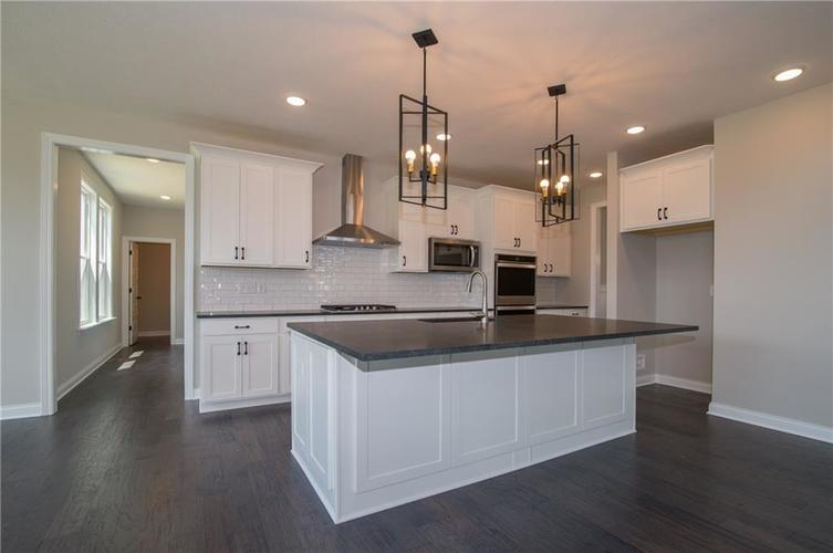 15002 Cantor Chase Crossing Fishers, IN 46040 | MLS 21633101 | photo 6