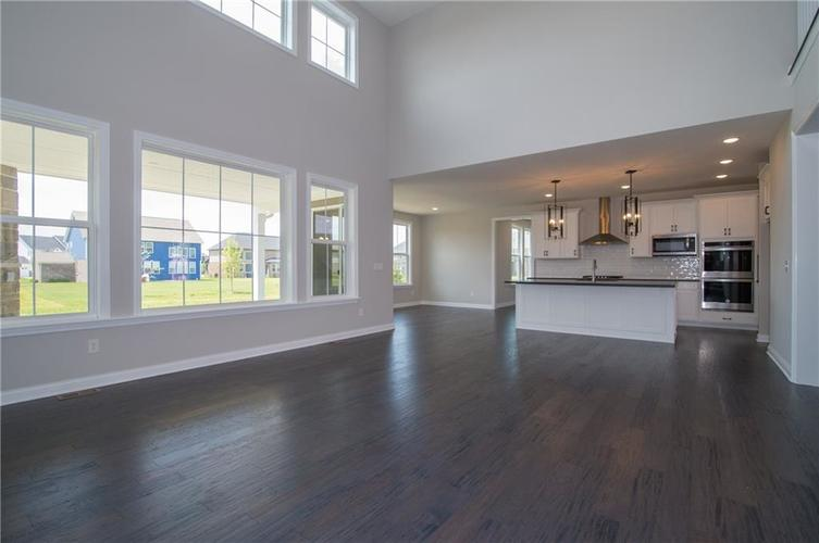 15002 Cantor Chase Crossing Fishers, IN 46040 | MLS 21633101 | photo 7