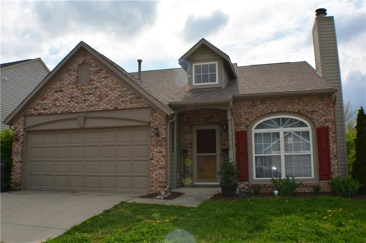 3120 N River Shore Place Indianapolis, IN 46208 | MLS 21633108 | photo 1