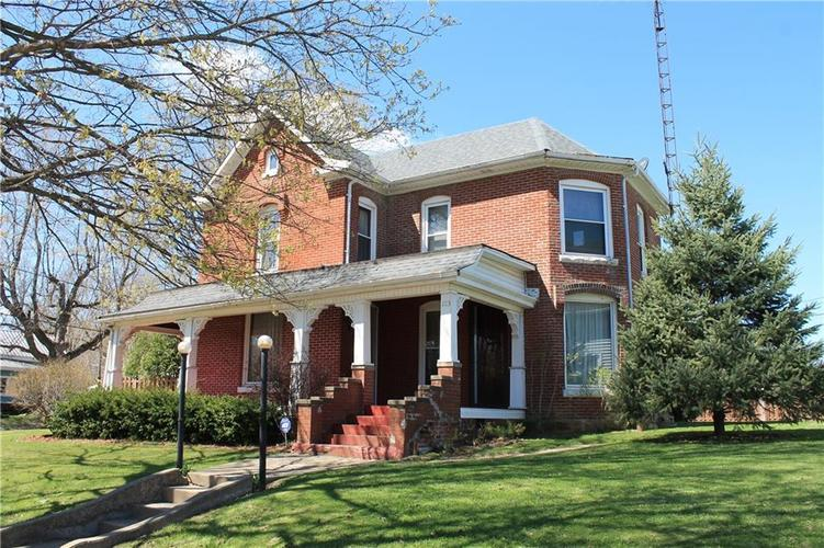 103 W Main Street Hillsboro, IN 47949 | MLS 21633209 | photo 1
