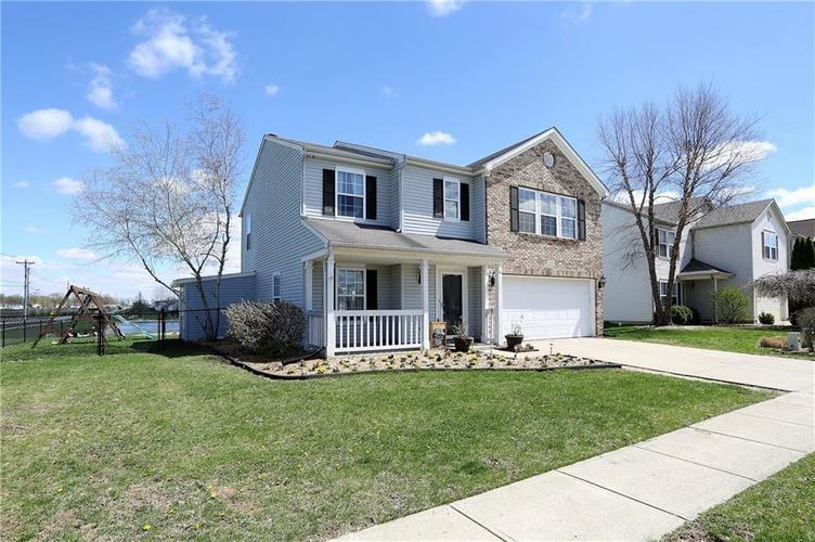 2119  Autumnwood Drive Greenwood, IN 46143 | MLS 21633241