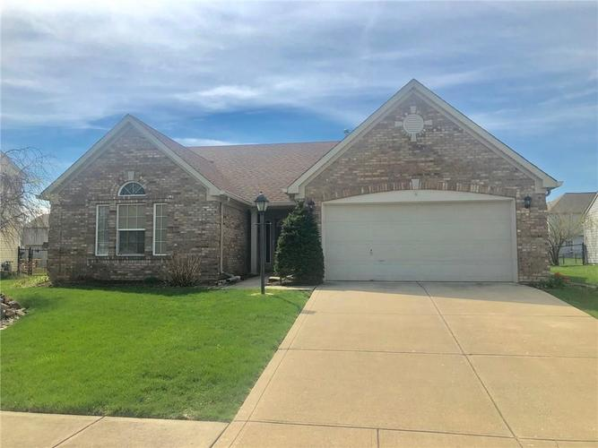 5839  Vets Circle Indianapolis, IN 46221 | MLS 21633384