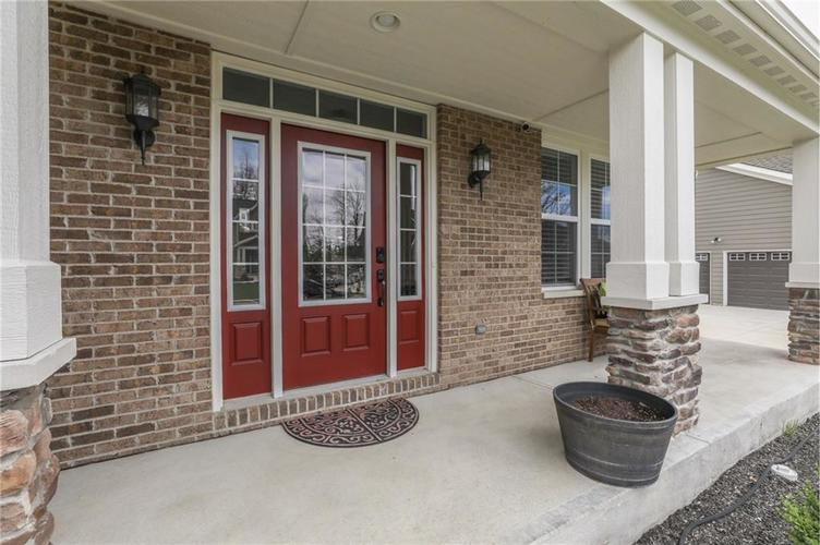 7245 Henderickson Lane Indianapolis, IN 46237 | MLS 21633399 | photo 4