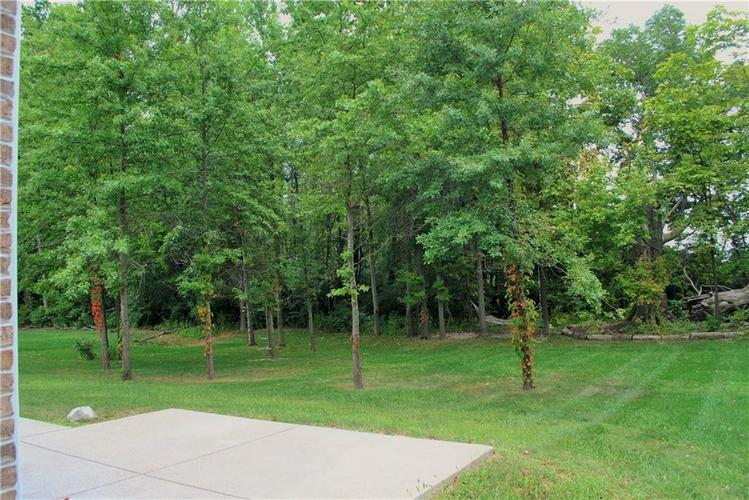 7245 Henderickson Lane Indianapolis, IN 46237 | MLS 21633399 | photo 46