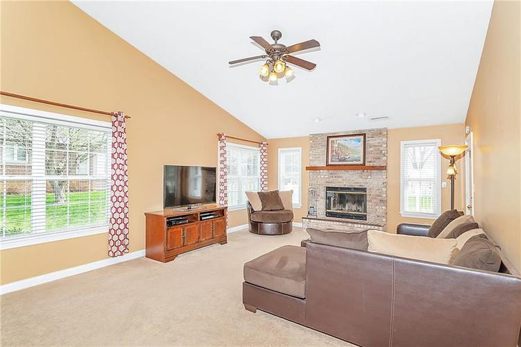 12339 Buck Court Indianapolis, IN 46236 | MLS 21633406 | photo 3