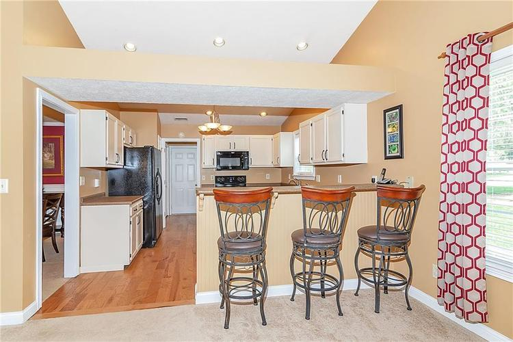 12339 Buck Court Indianapolis, IN 46236 | MLS 21633406 | photo 6