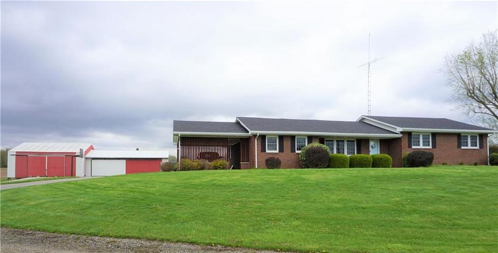 5226 W County Road 200  Brownstown, IN 47220 | MLS 21633419