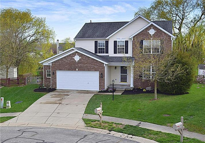 8831  Winthrop Place Fishers, IN 46038 | MLS 21633474