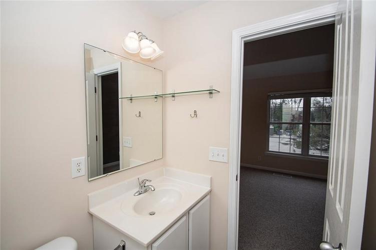 929 E 67th Street #929 Indianapolis, IN 46220 | MLS 21633499 | photo 12