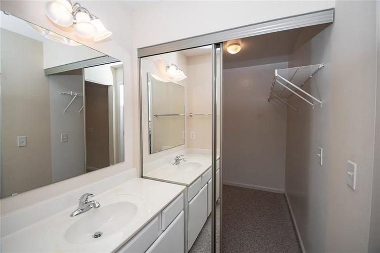 929 E 67th Street #929 Indianapolis, IN 46220 | MLS 21633499 | photo 13
