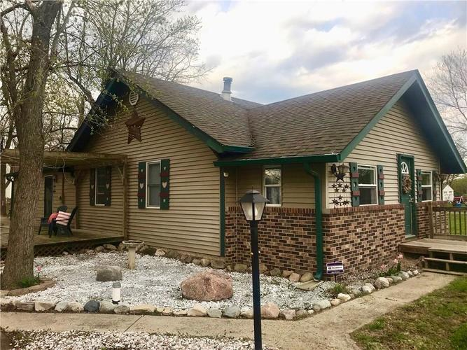 2846 W Epler Avenue Indianapolis, IN 46217 | MLS 21633552