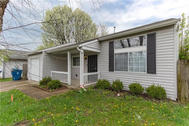 3515 N Bearwood Court Indianapolis, IN 46235 | MLS 21633623 | photo 1